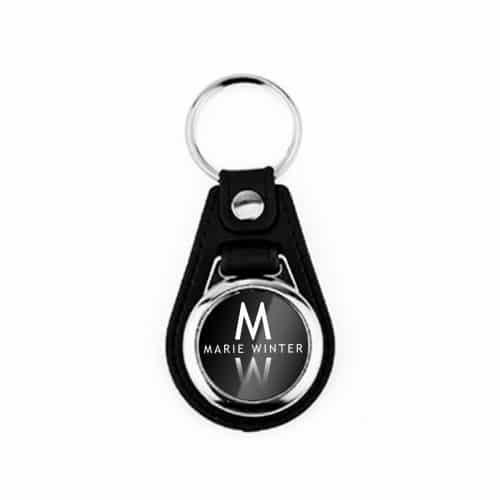Marie Winter Schlüsselanhänger Rund Leder Logo