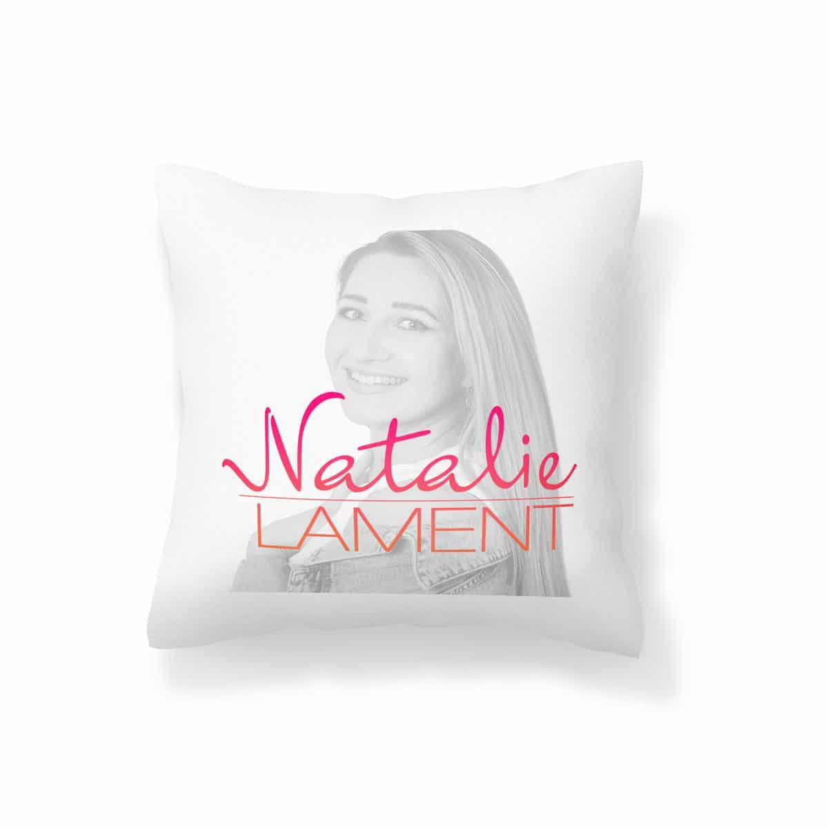 Natalie Lament Kissen Logo